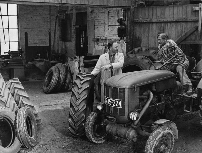 Continental_Anwendung_Reifen_Landwirtschaft_1958